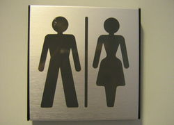 Normal_800px-gender_neutral_toilet_sign_gu