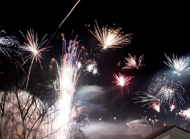 Normal_fireworks-1950773_960_720